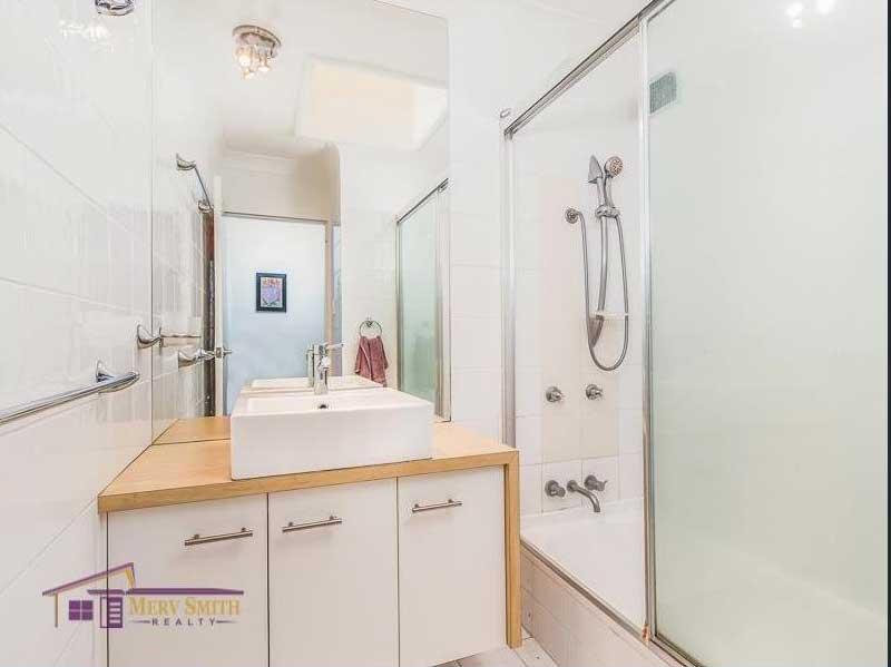 An image of St Lucia - Bathroom